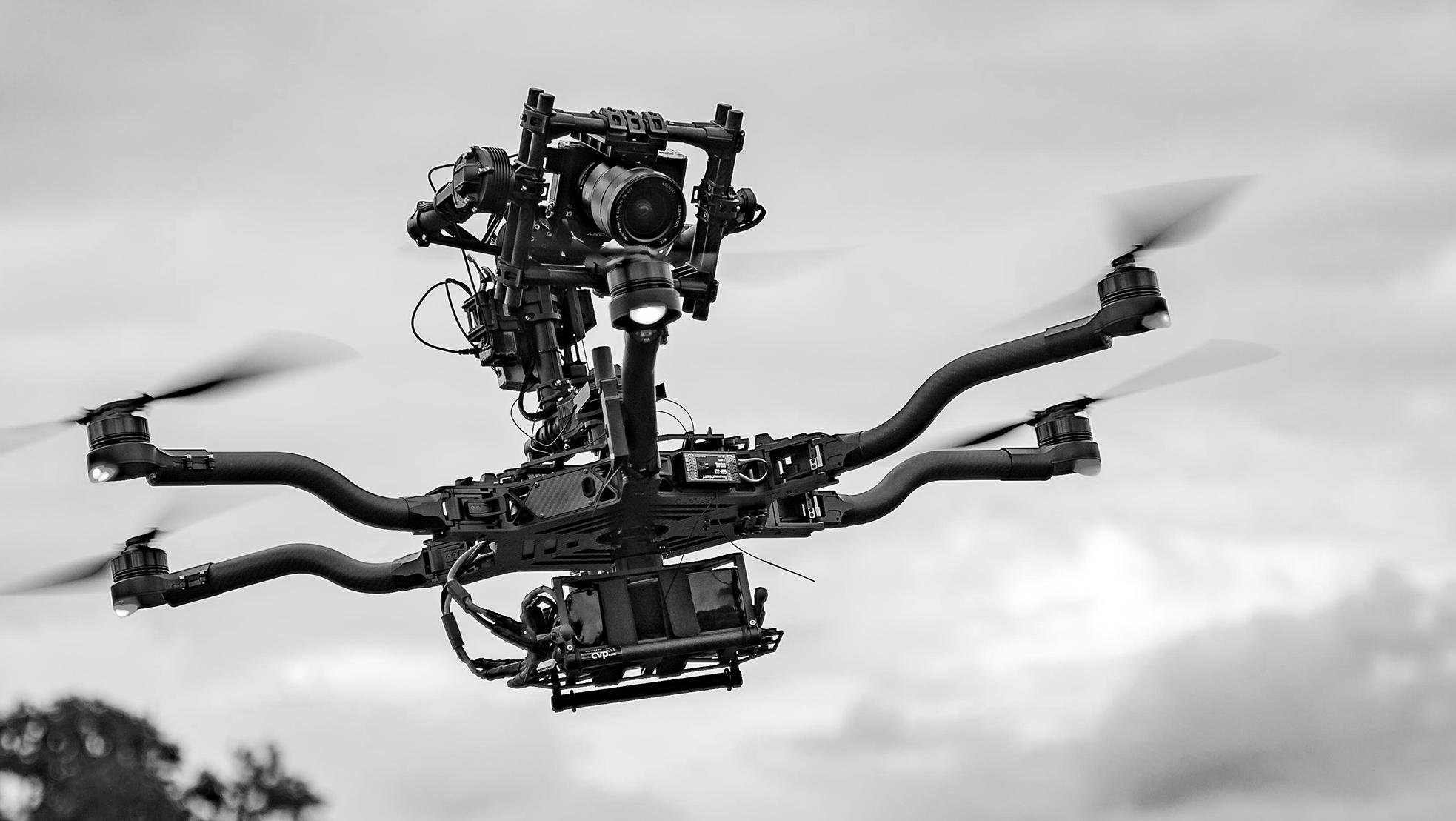 Drone Alta Cinema Pub 01